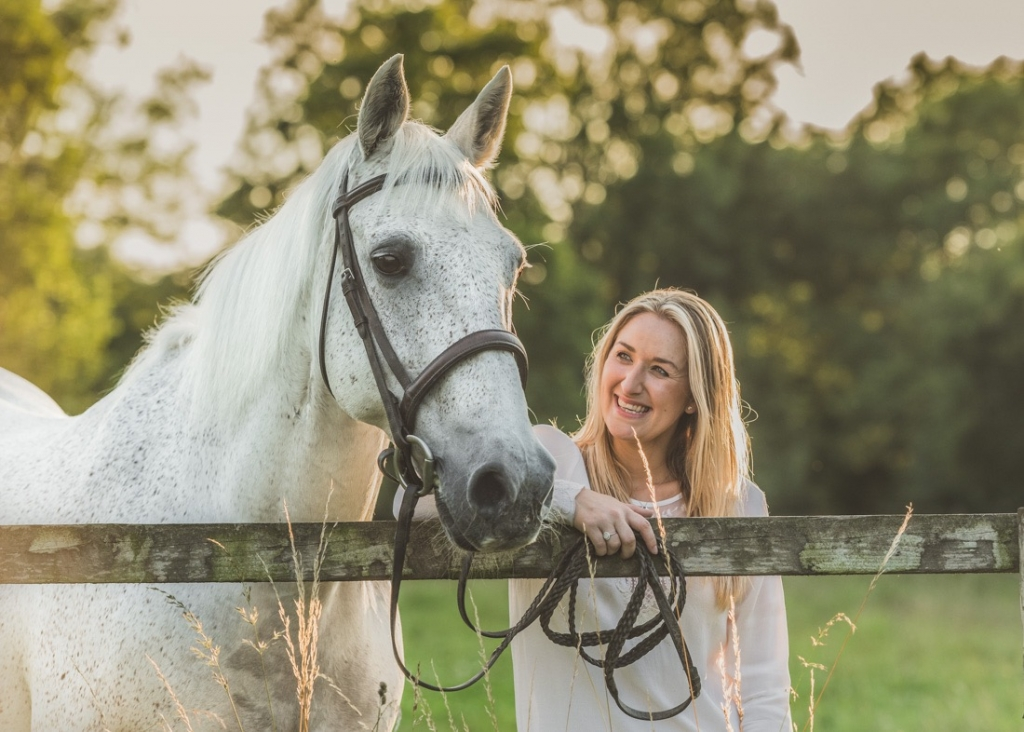 Photographing horses in the golden hour by Rachel Bragg Photography